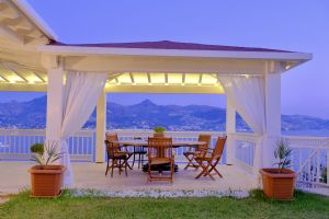 Fully Furnished Monthly Rental Villa With Communal Swimming Pool In Yalikavak Bodrum